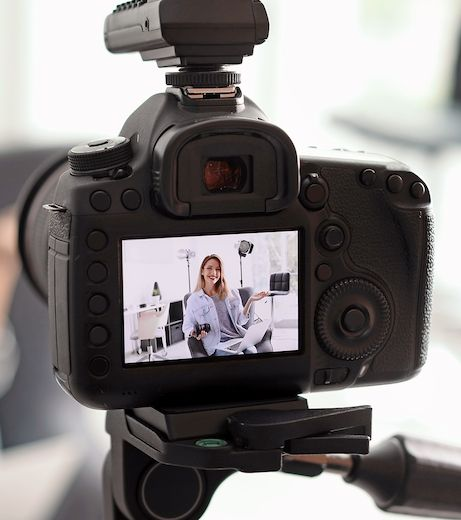 Using a DSLR or Mirrorless Camera as a Webcam