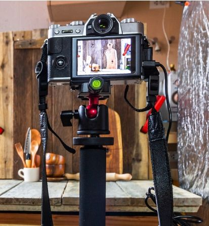 A Buying Guide to Home Photo-Studio Staples