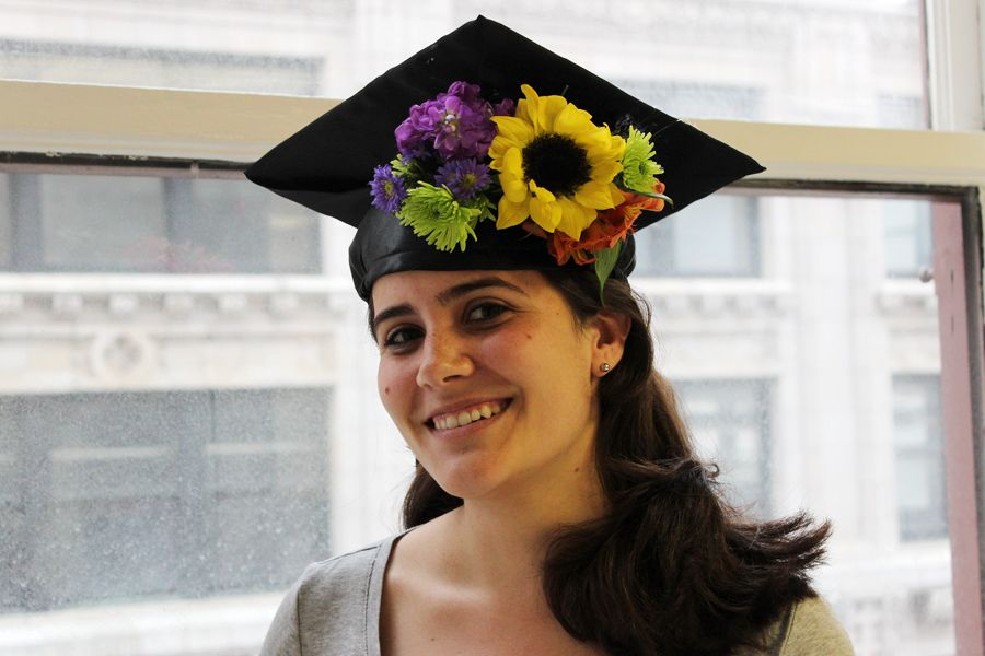 How to turn your grad cap into a ~trendy~ flower crown