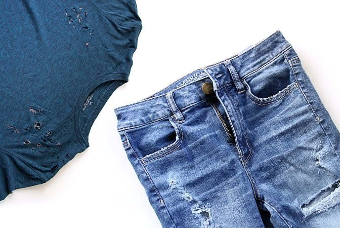 DIY: Distressed shirt and jeans