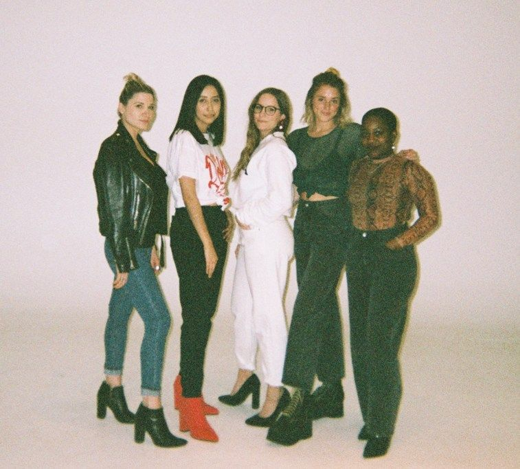 We tried on our fave Nasty Gal jeans so you don't have to