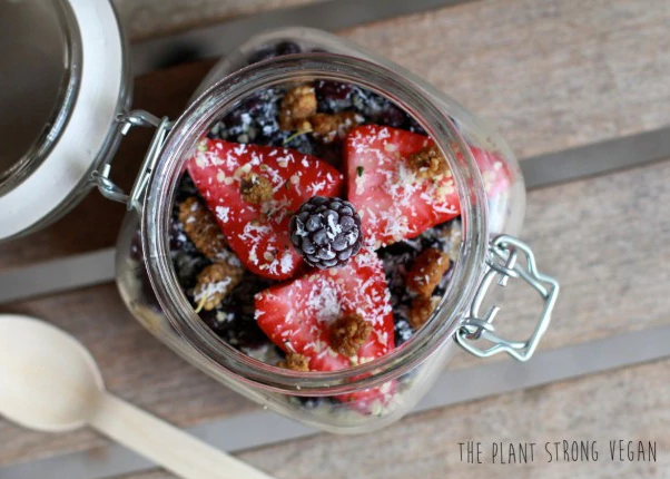 RECIPE: Vegan overnight oats with chia and coconut